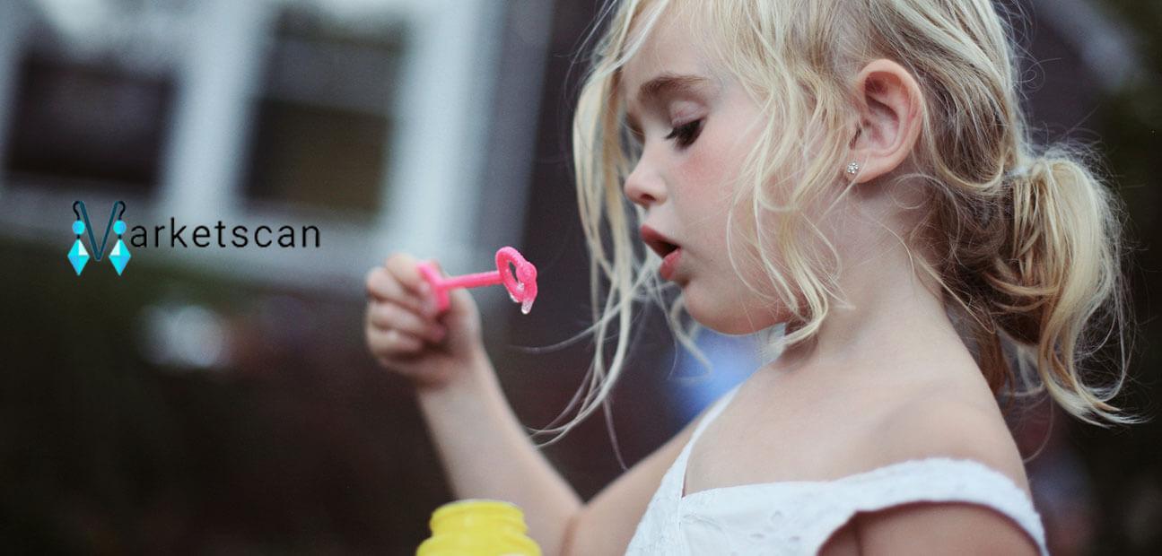 سوراخ کردن گوش کودکان گوشواره و بدلیجات